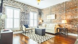 Foto van Franklin Square Loft by RedAwning in Savannah