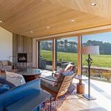 House, 3 Bedrooms, Bathtub (Kyuka) - Living Area