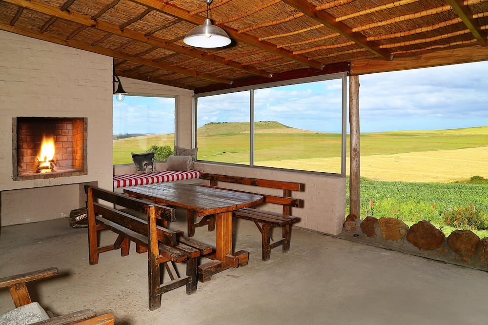 Family Cottage, 2 Bedrooms (Aloe) - Valley view