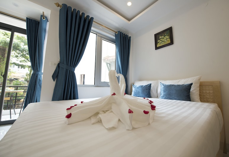 Hanoi Holiday Center Hotel, Hanoi, Deluxe Double or Twin Room, Balcony, Guest Room