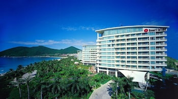 Enter your dates to get the Sanya hotel deal