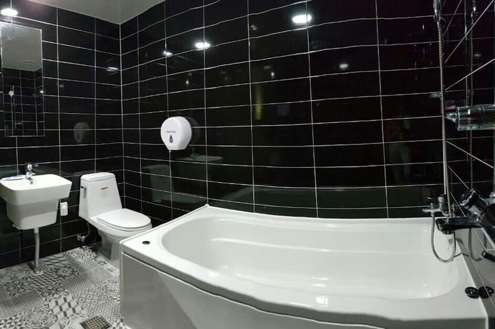 VIP Twin Room - Bathroom