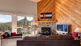 Choose This Cheap Hotel in Silverthorne