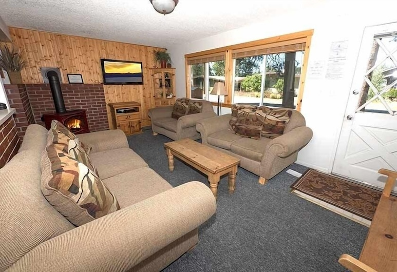 1247 Lester Street 4 Bedroom Home, South Lake Tahoe, House, 4 Bedrooms, Living Room