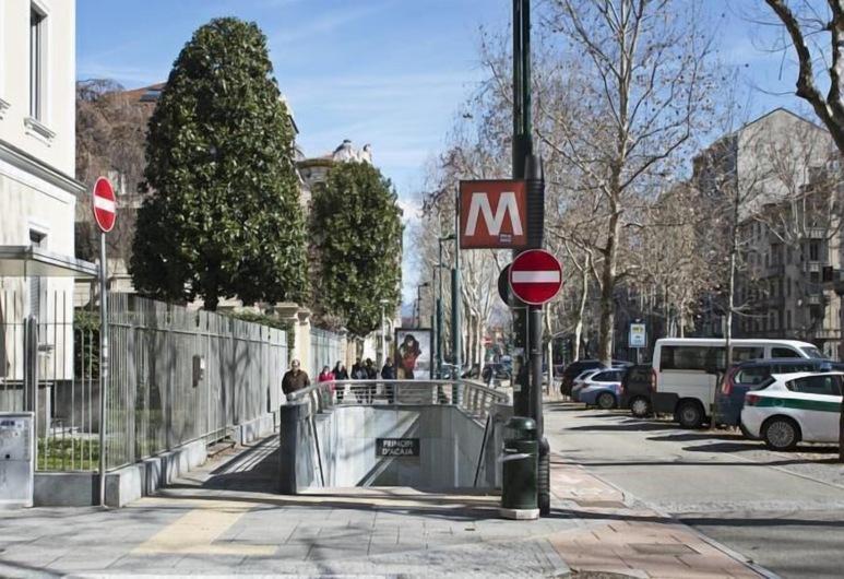 Centro Città, Torino, Esterni