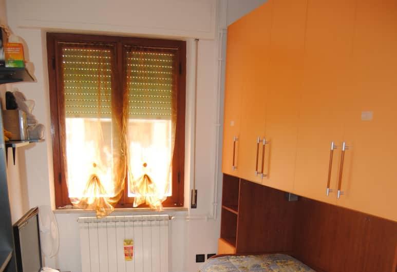 La Casa di Mei, Pisa, Apartment, 2 Bedrooms, Bilik