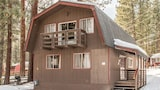 Foto di Charming and Airy 4 Bedroom Cabin by RedAwning a South Lake Tahoe