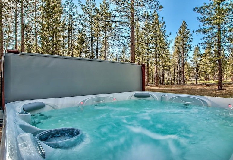 Tahoe Pines 3327b 3 Bedroom Cottage, South Lake Tahoe, Εξωτερική μπανιέρα υδρομασάζ