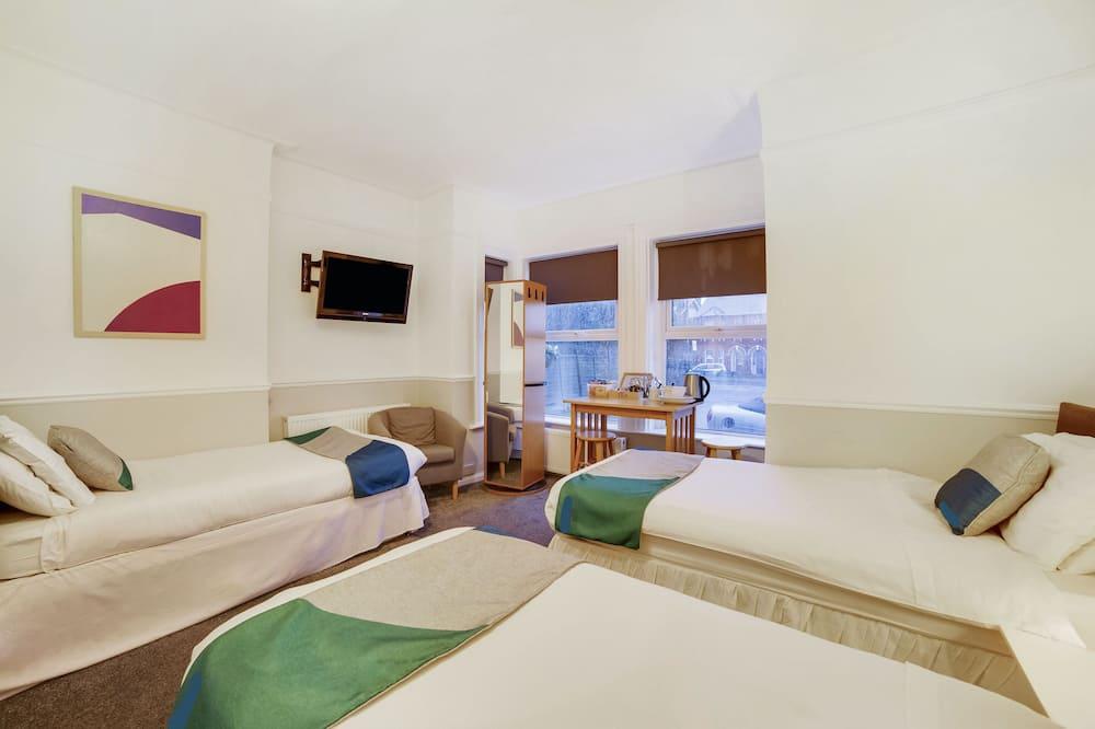 Classic Triple Room, Ensuite - Guest Room