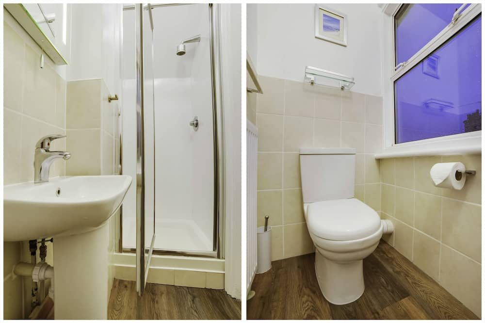 Classic Triple Room, Ensuite - Bathroom