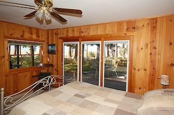 Picture of 673 San Francisco Avenue by RedAwning in South Lake Tahoe