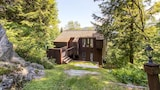 Picture of Cedar Rock Chalet by RedAwning in Stockbridge