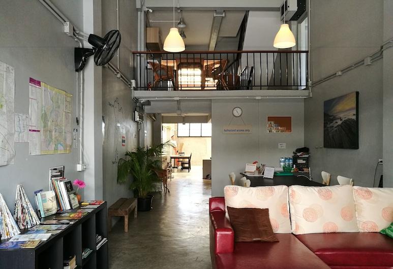 Petit Hostel, Bangkok, Lobby