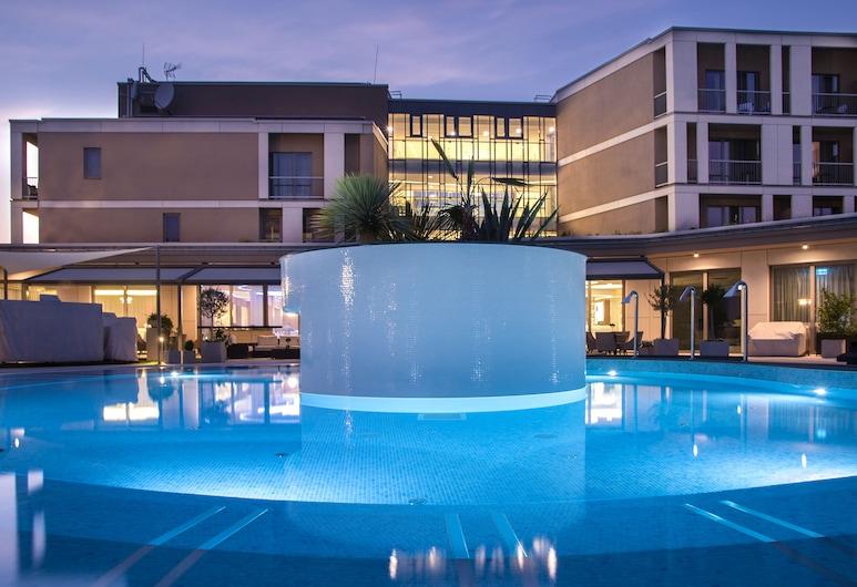Aura Hotel - Adults Only, Balatonfüred, Terasz/udvar