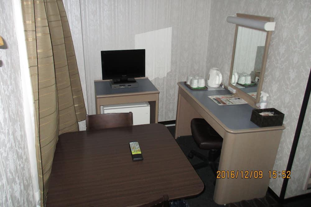 Standard Quadruple Room, Non Smoking - Guest Room