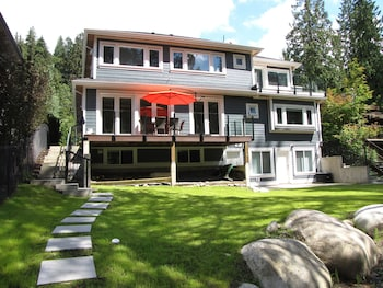 Picture of Riverfront Bed and Breakfast in District of North Vancouver