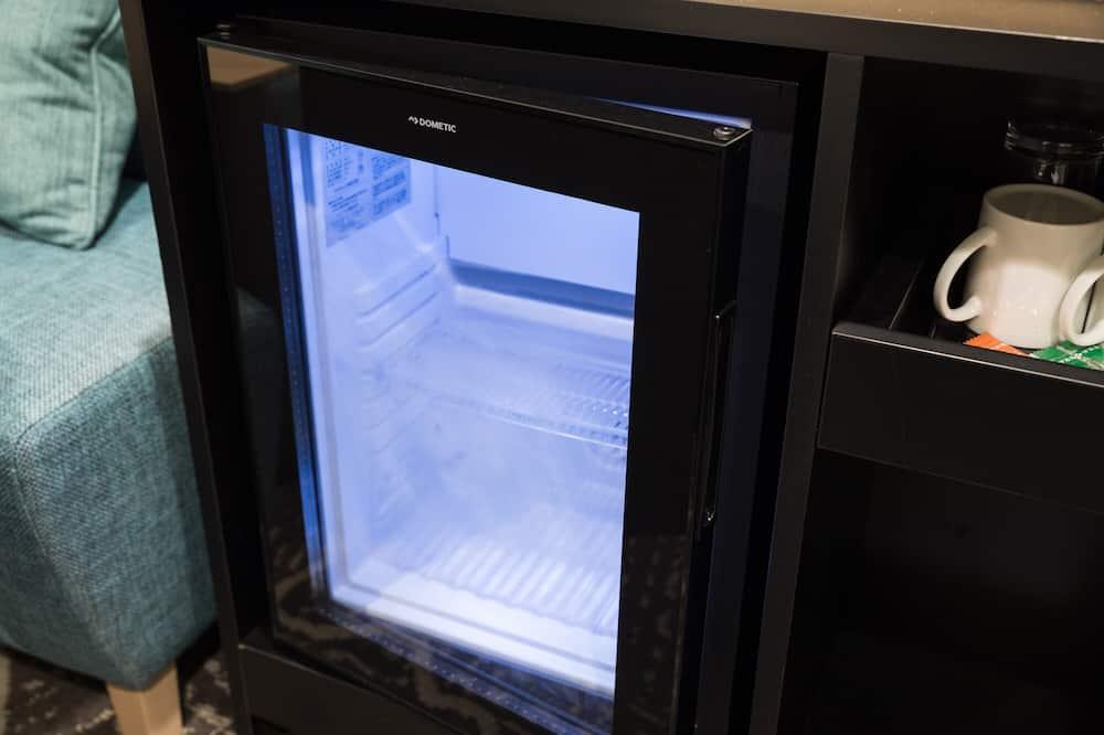 アネックスダブルルーム 禁煙 - 小型冷蔵庫