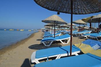 Picture of Megas Hotel in Ayvalik