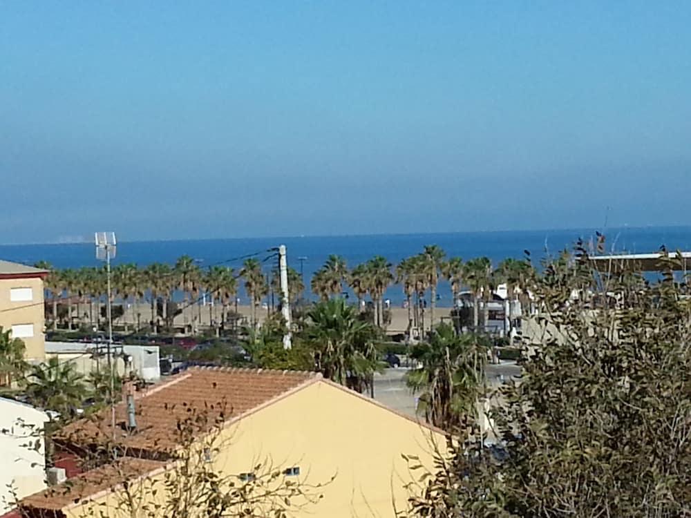 Valencia beach suites valencia espa a hoteles en - Hoteles insolitos espana ...