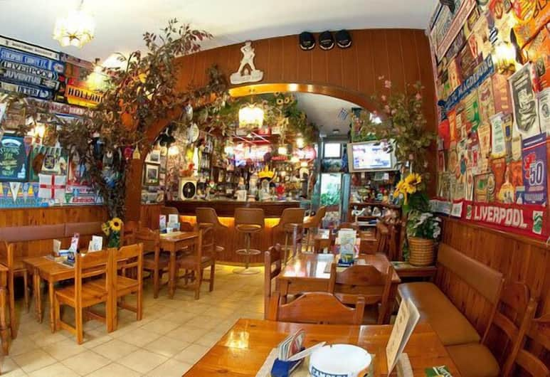 Stavros Pension, Rhodes, Sports Bar