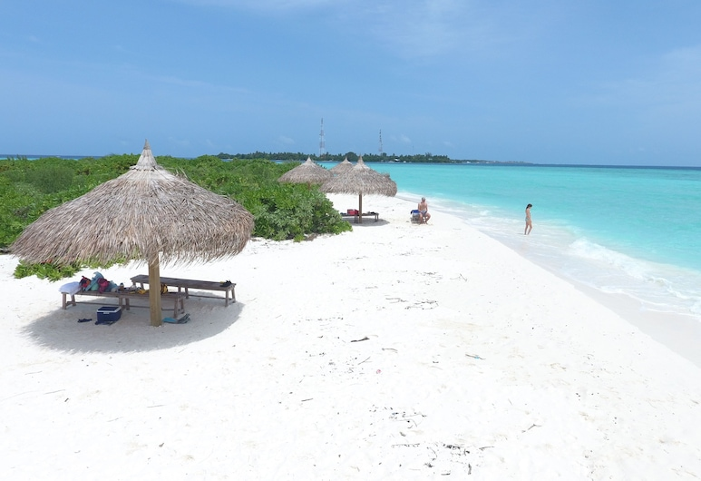 Palm Residence, Rasdhoo, Beach