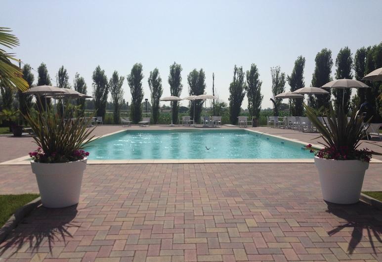 Hotel Bussana, Porto Tolle, Outdoor Pool