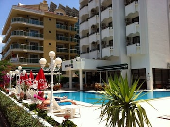 Picture of Oasis Otel in Marmaris