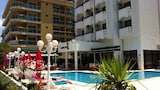 Choose This Mid-Range Hotel in Marmaris