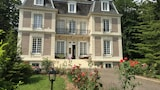 Reserve this hotel in Avesnes-en-Bray, France