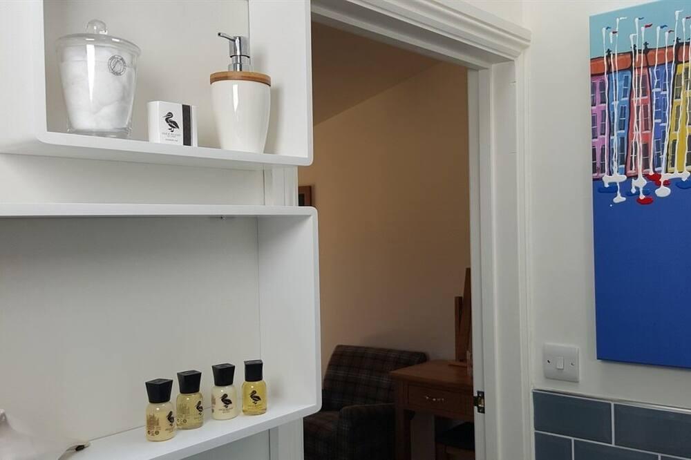 Premium Double Room, Ensuite - Bathroom