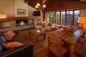 Picture of Pailahue Lodge & Cabañas in Bariloche