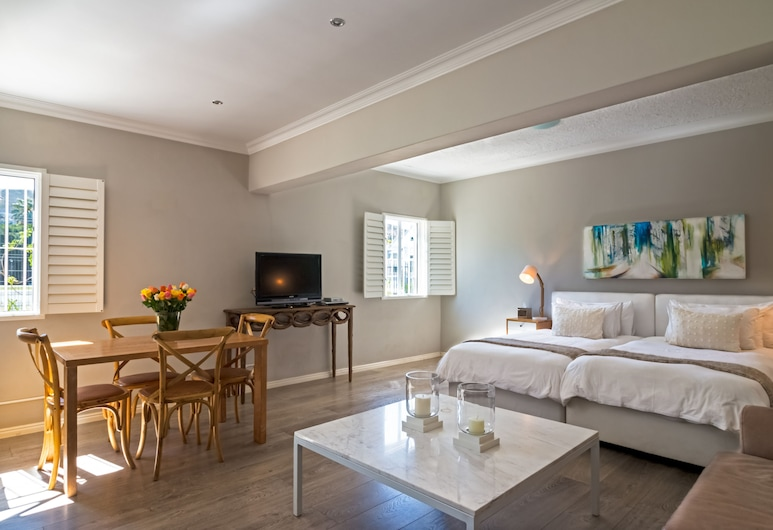 9 On Camp Apartments by Cape Summer Villas, Cape Town, Studio Apartment 1, Room