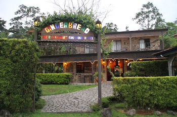 Picture of Gingerbread Hotel and Restaurant in Arenal