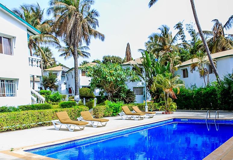 Paradise Suites Hotel, Serrekunda, Pool