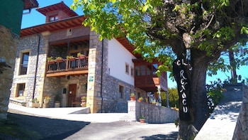 Picture of Hotel Rural El Rexacu in Onis