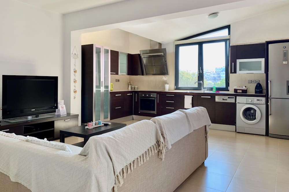 Дизайнерские апартаменты, 2 спальни - Гостиная