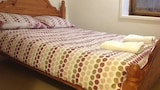 Choose this Apartment in Luton - Online Room Reservations