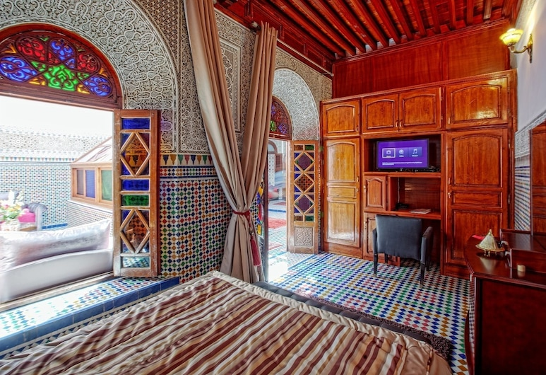 Riad dar Essalam, מרקש, סוויטת רויאל, חדר אורחים