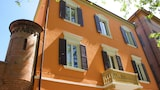 Choose This Cheap Hotel in Modena
