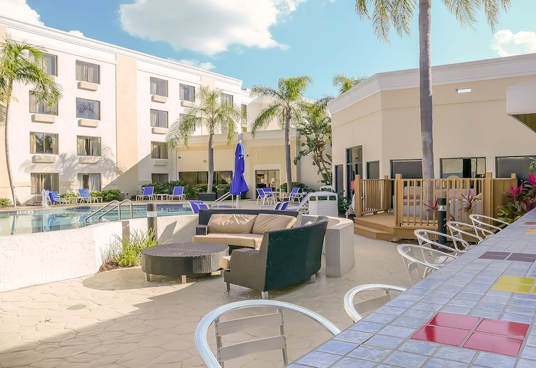Holiday Inn Fort Myers - Downtown Area, Fort Myers, Taras/patio