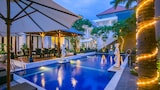 Choose This Luxury Hotel in Tuban