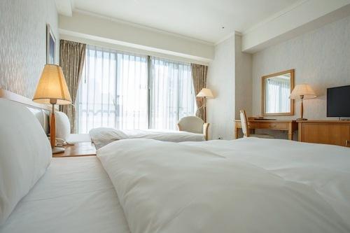 仲信商務會館/