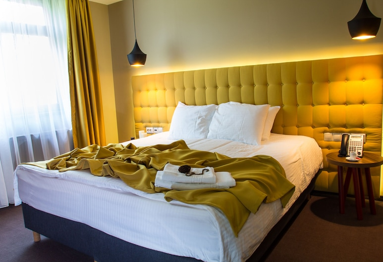 ApartHotel Gutinului, Cluj-Napoca, Departamento Confort, 1 habitación, balcón, Habitación