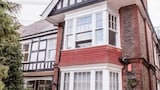 Choose this Apartment in Worthing - Online Room Reservations