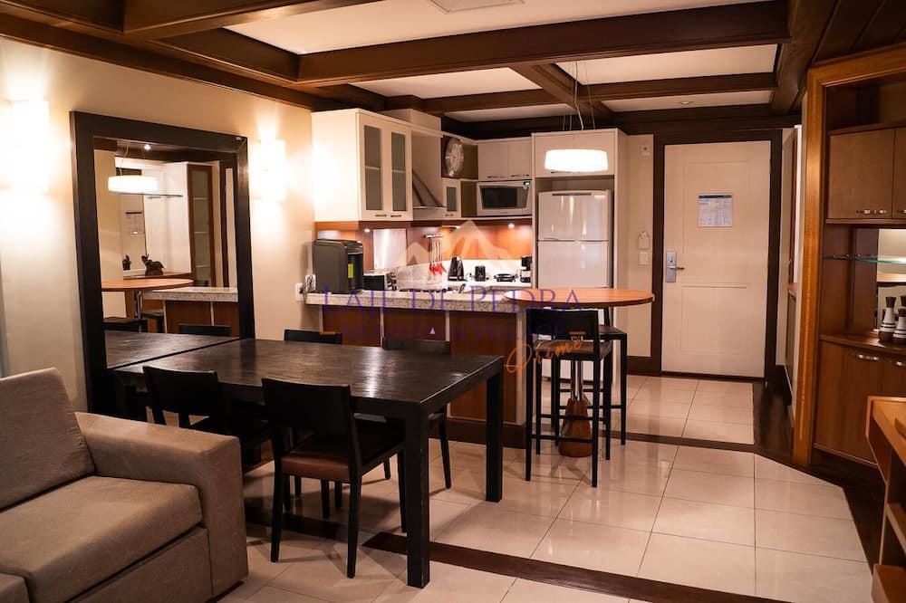 Suite Premium Prime - Tempat Makan dalam Bilik