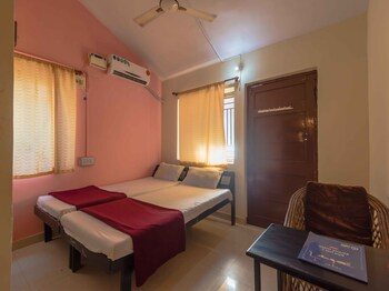 Picture of OYO 6989 StayOut Hotel Maharaja in Baga