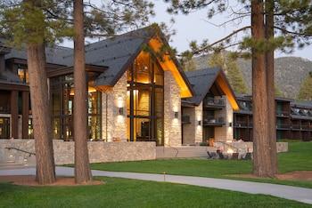 Stateline bölgesindeki Edgewood Tahoe Resort resmi