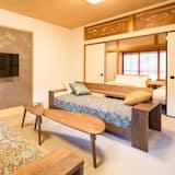 Premium Townhome - Living Area
