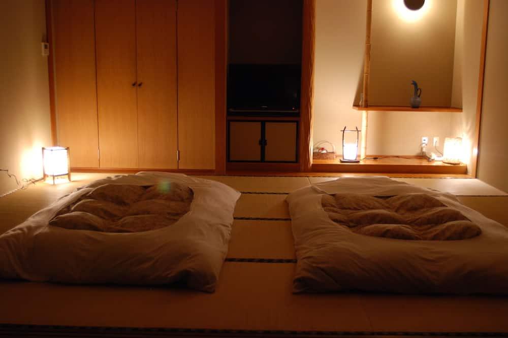 Room, Non Smoking (Open-Air Bath, AOI) - Bilik Tamu