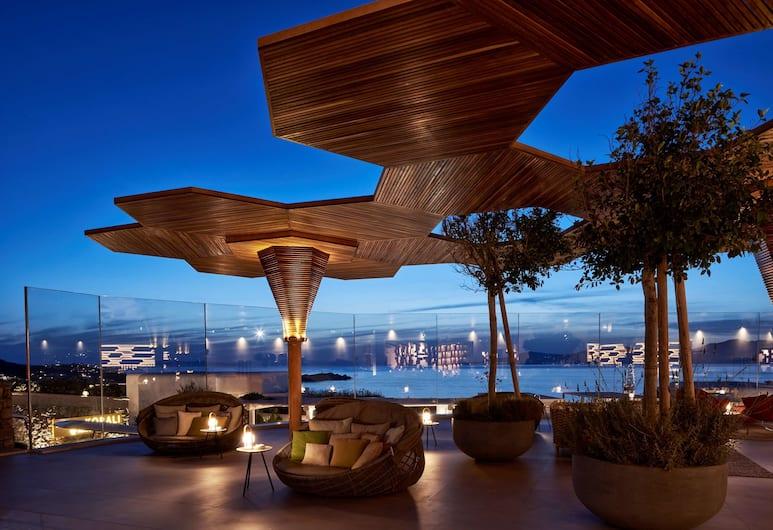 Myconian Naia - Preferred Hotels & Resorts, Mykonos, Hotellbar